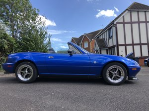 1991 Mazda Mk1 Eunos Roadster original sills, no rust