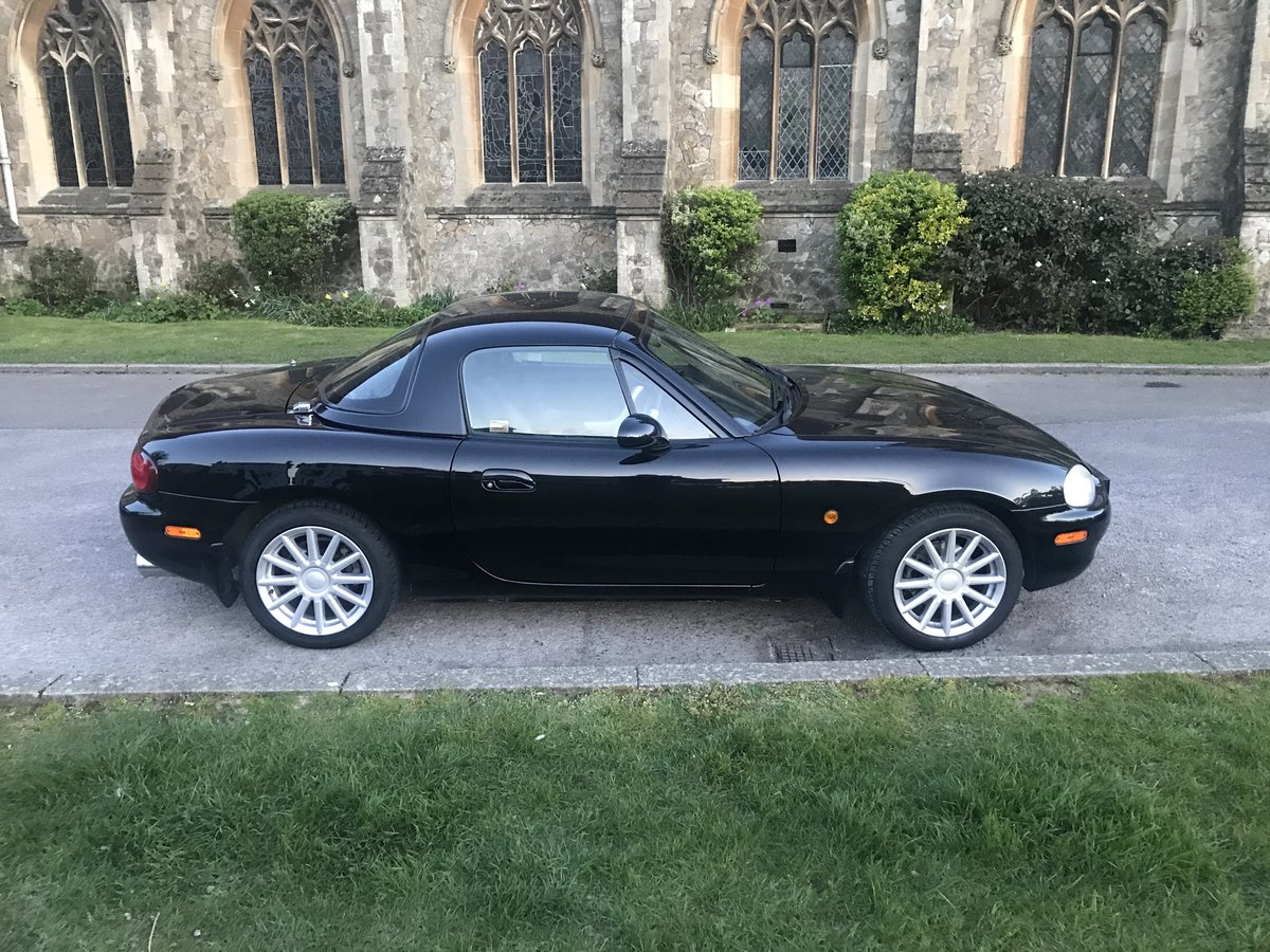 2001 Mazda MX5 1.8iS Black Jasper Conran -  only 34k SOLD (picture 1 of 5)