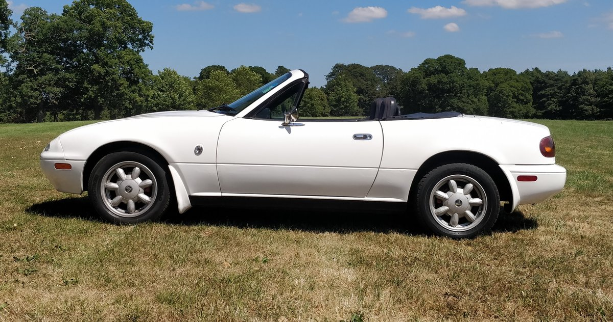 1992 Mazda Eunos (MX-5) Roadster For Sale (picture 2 of 6)