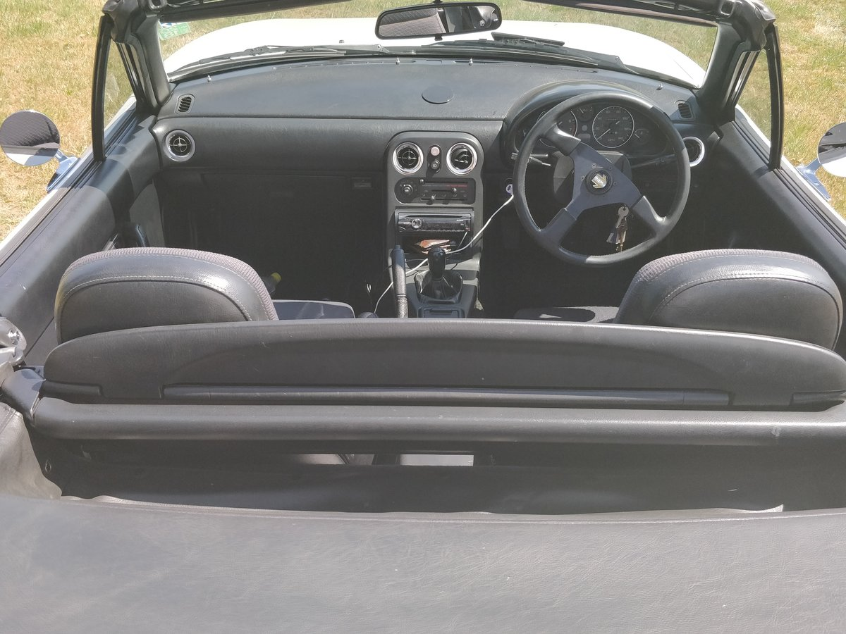 1992 Mazda Eunos (MX-5) Roadster For Sale (picture 5 of 6)
