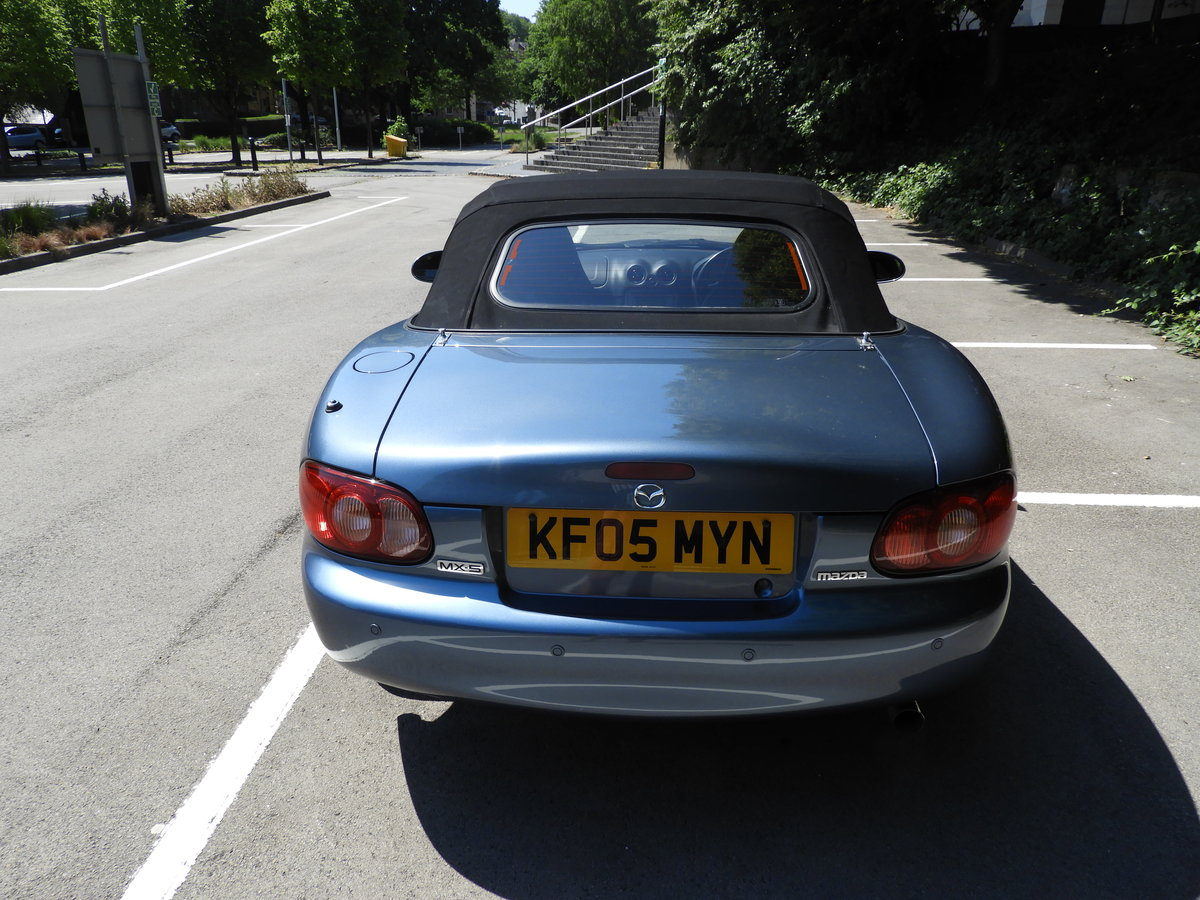 2005 Superb Mazda MX-5 Arctic Limited edition 1.8i SOLD (picture 4 of 6)