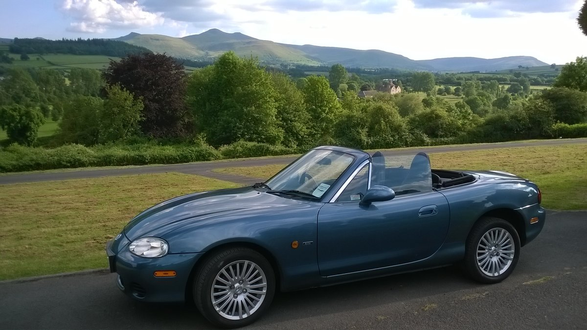 2005 Superb Mazda MX-5 Arctic Limited edition 1.8i SOLD (picture 6 of 6)