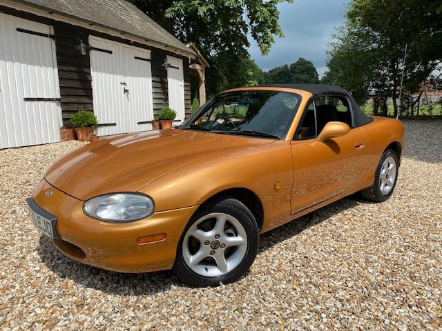 1998 Mazda MX5 Mk2 SOLD (picture 1 of 6)