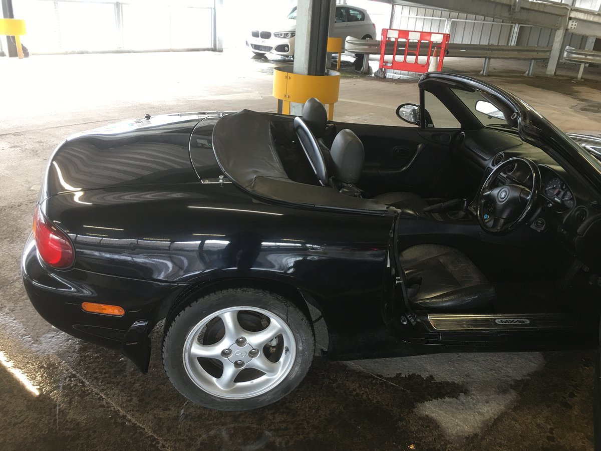2001 Convertible, Manual, Sport version.. SOLD (picture 1 of 6)