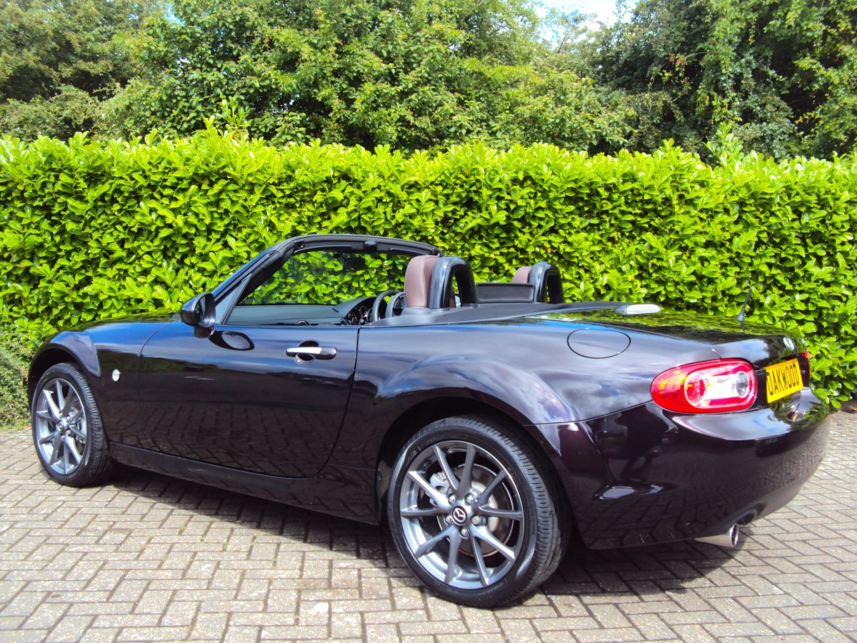 2012 A STUNNING Low Mileage Mazda MX-5 with ONLY 13,000 MILES FSH For Sale (picture 4 of 6)
