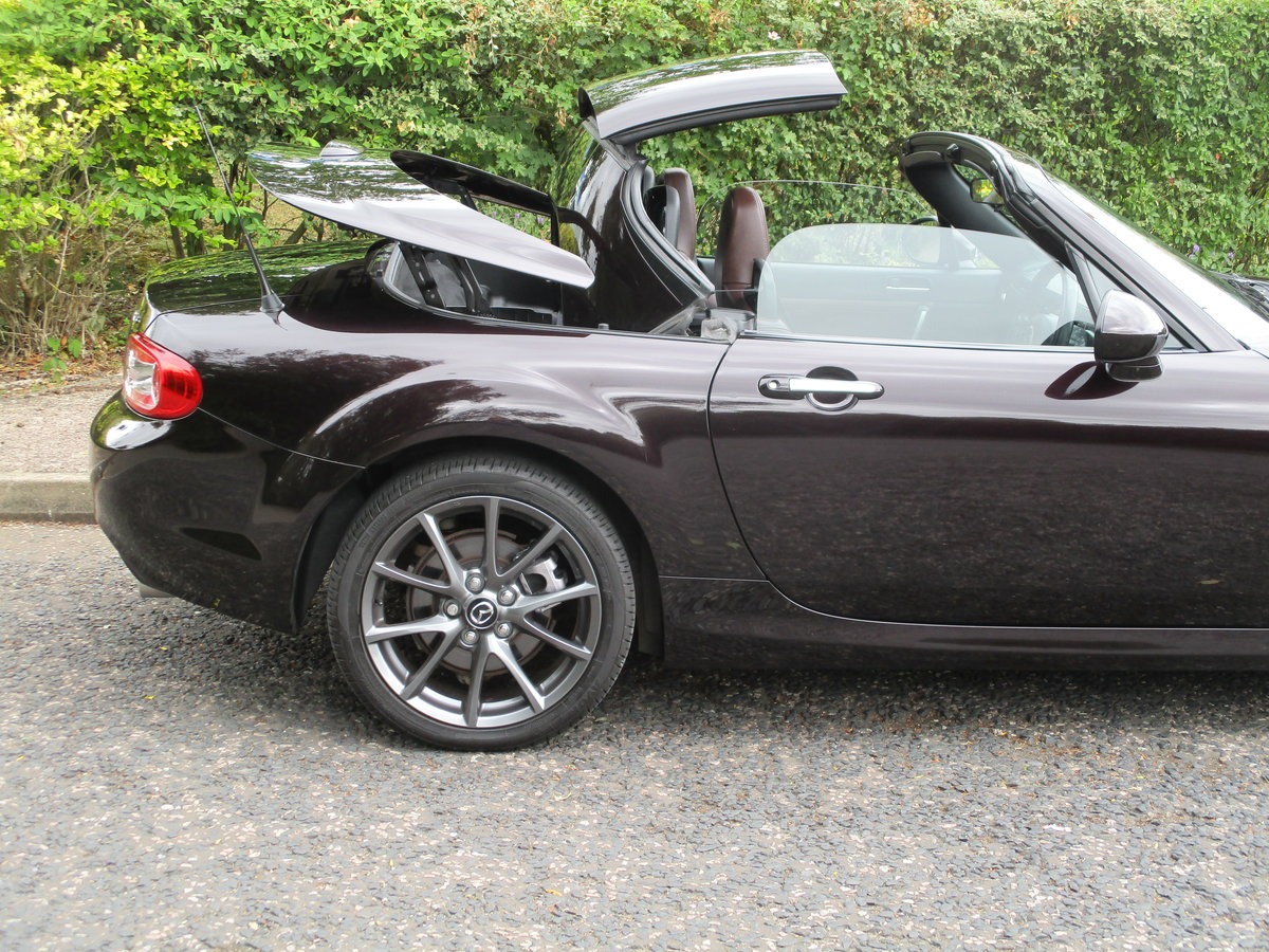 2012 Beautiful MX5 Venture Edition 2.0 Roadster. MX5 SPECIALISTS For Sale (picture 4 of 6)