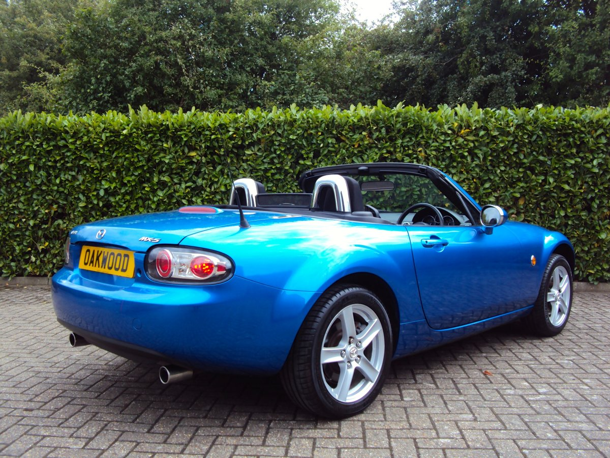 2007 A Lovely Low Mileage Mazda MX-5 2.0i - Same Owner 10 Years For Sale (picture 3 of 6)