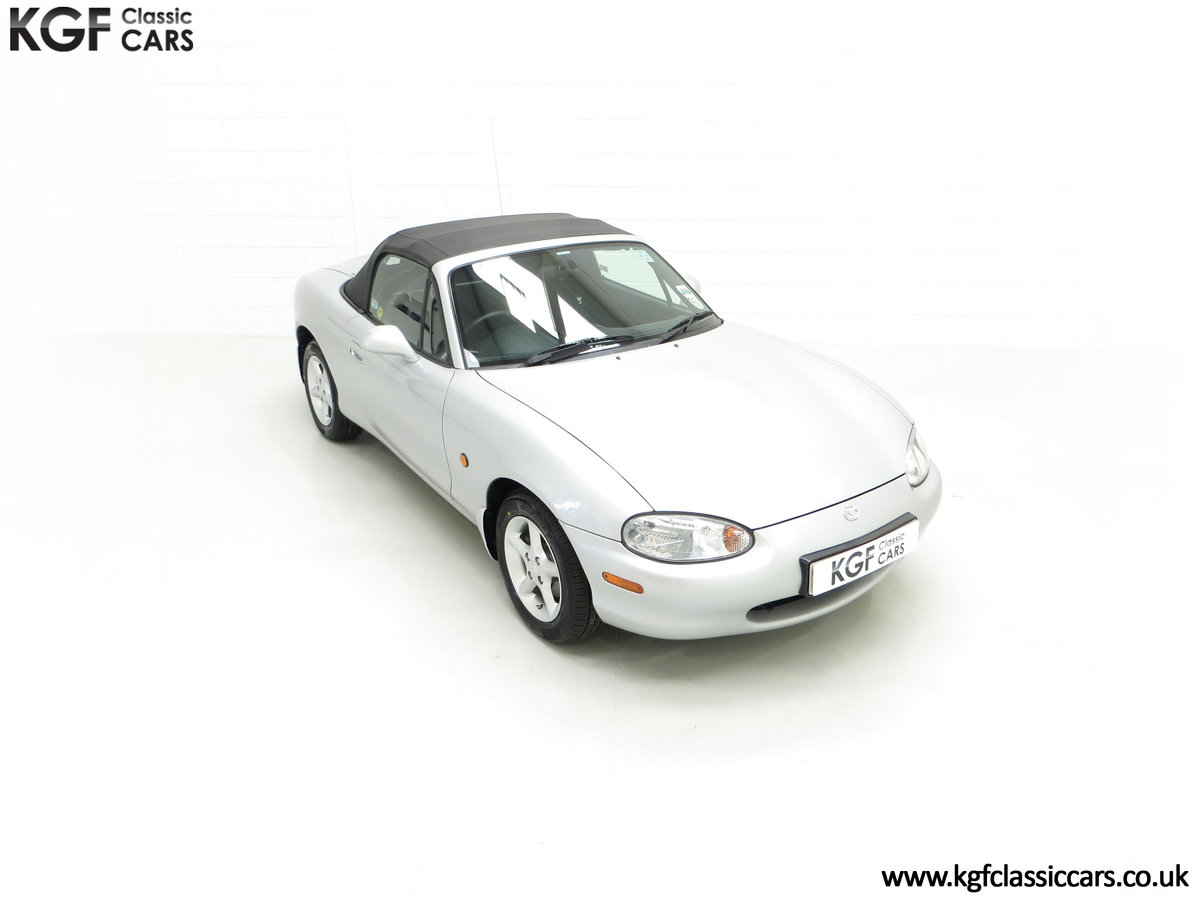 1998 An Immaculate Mazda MX5 1.6i with Only 13,061 Miles SOLD (picture 2 of 24)