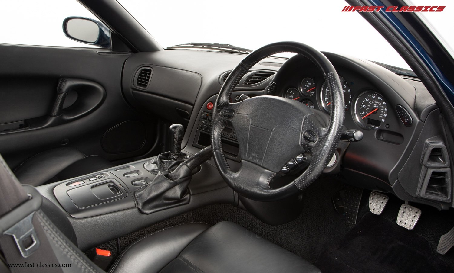 1993 MAZDA RX-7 FD // FAMILY OWNED // 26K MILES // 1 OF 210 UK DE For Sale (picture 14 of 23)