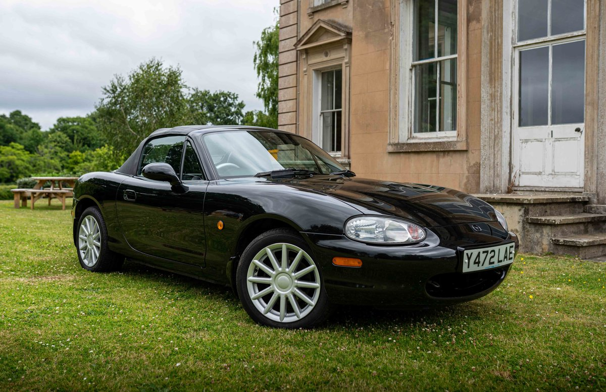 2001 Mazda MX-5 Jasper Conran For Sale (picture 1 of 6)