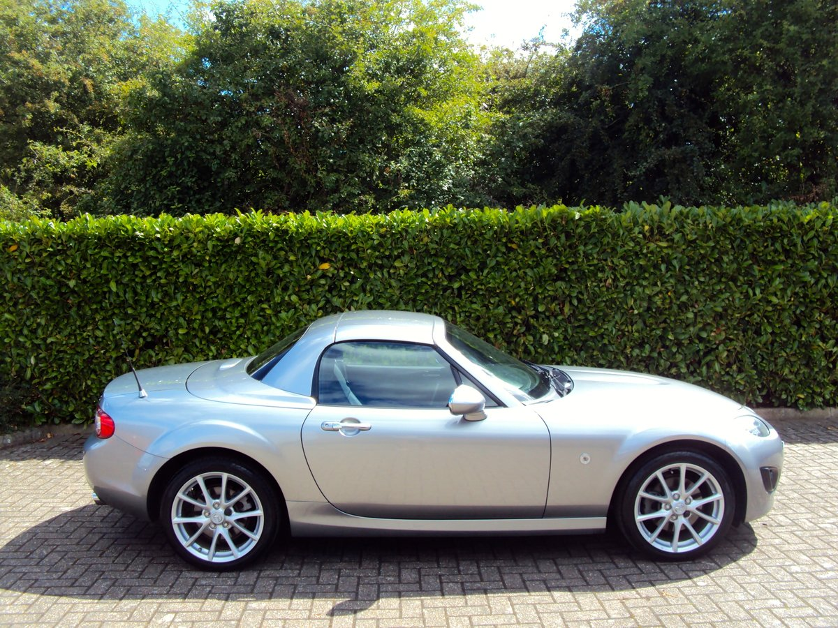 2010 An EXCEPTIONAL Low Mileage Mazda MX-5 - BESPOKE INTERIOR!! For Sale (picture 2 of 6)