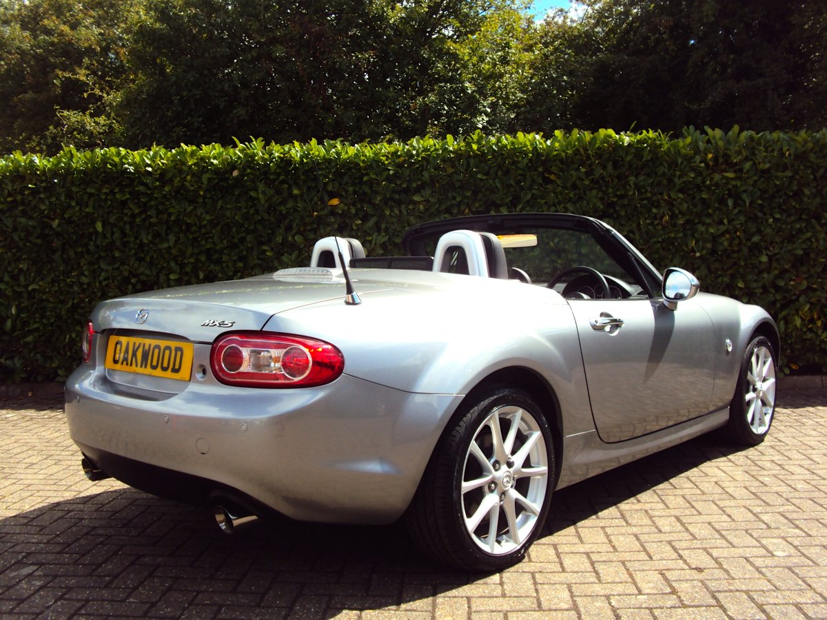 2010 An EXCEPTIONAL Low Mileage Mazda MX-5 - BESPOKE INTERIOR!! For Sale (picture 3 of 6)