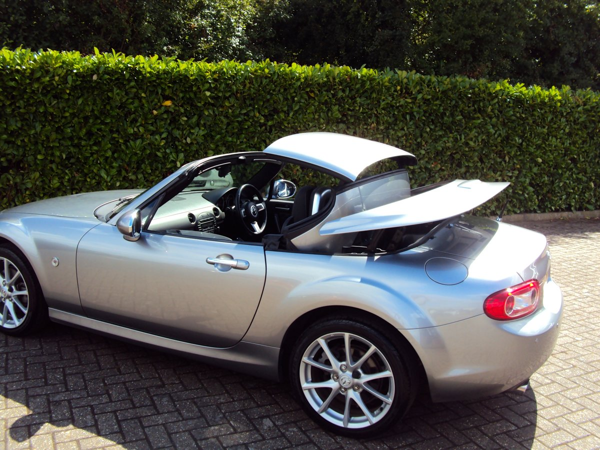 2010 An EXCEPTIONAL Low Mileage Mazda MX-5 - BESPOKE INTERIOR!! For Sale (picture 4 of 6)