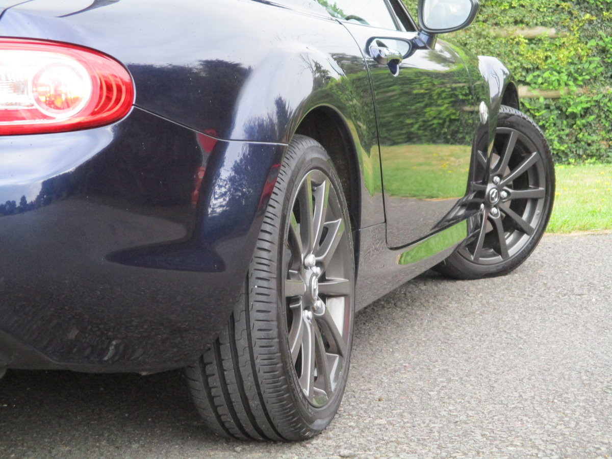 2009 Exceptional low mileage MX5 Sport Tech. MX5 SPECIALISTS For Sale (picture 5 of 6)
