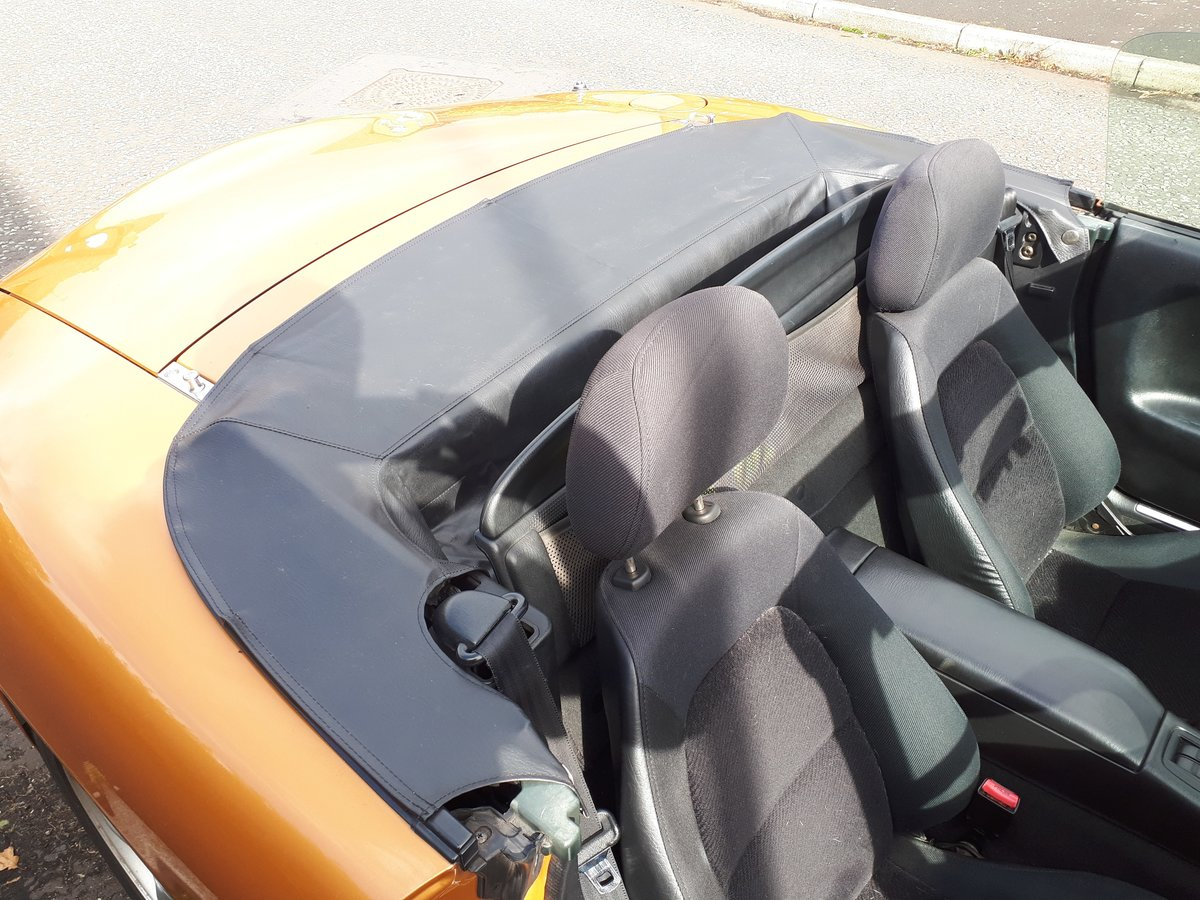 2001 Mazda MX-5 mk2 1.8S - low mileage For Sale (picture 3 of 6)