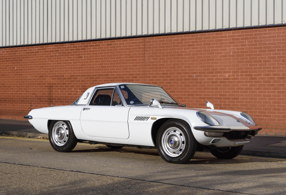 1971 Mazda Cosmo Series II (RHD) For Sale (picture 2 of 24)