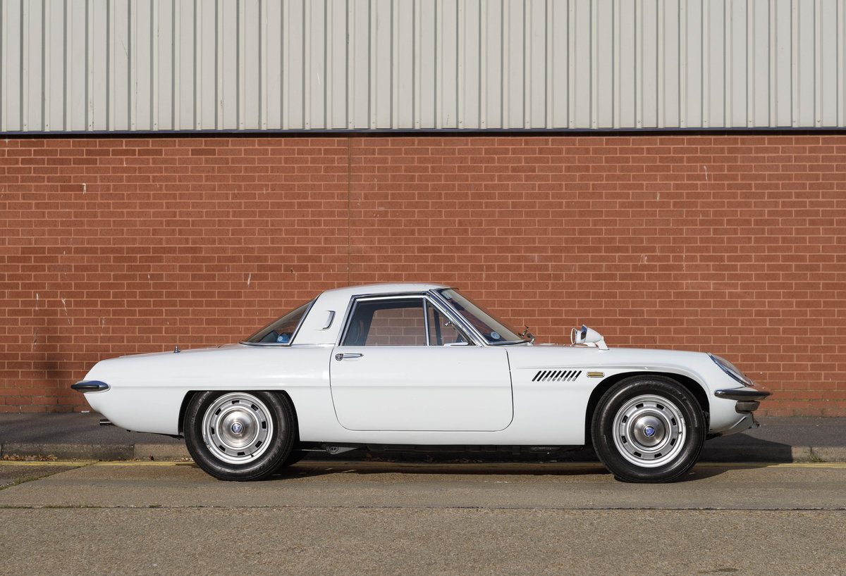 1971 Mazda Cosmo Series II (RHD) For Sale (picture 5 of 24)