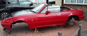 Complete bodyshell with V5...resto/ motorsport