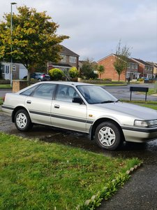 Picture of 1990 Mazda 626