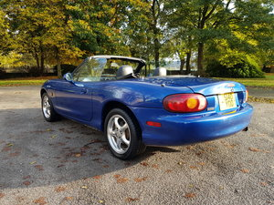 Picture of 1998 Mazda mx-5 10th anniversary•import•