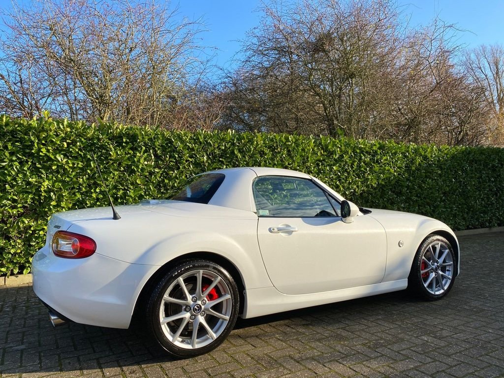 2014 A STUNNING MX-5 2.0i SportTech Nav with extras!! Hardtop For Sale (picture 2 of 6)