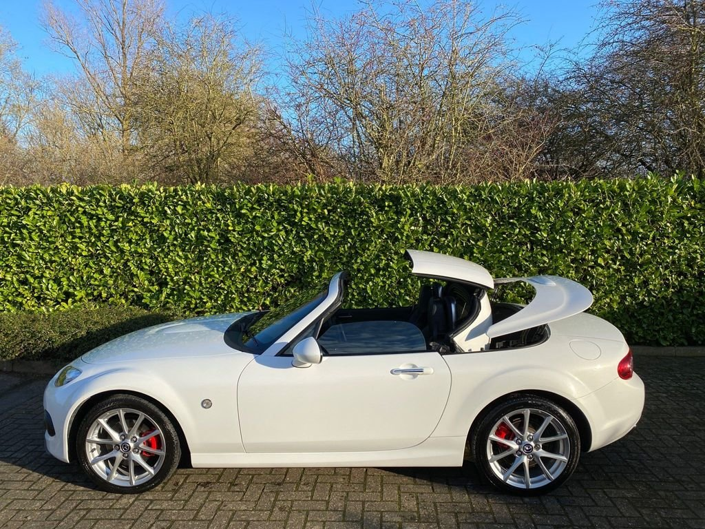 2014 A STUNNING MX-5 2.0i SportTech Nav with extras!! Hardtop For Sale (picture 3 of 6)