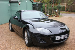 Mazda mx-5 se roadster coupe 09 1.8l