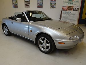 Picture of 1991 Mazda MX-5 Miata with factory hardtop & softtop For Sale
