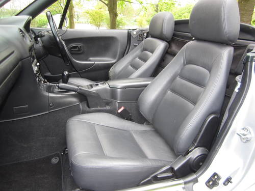 2000 MAZDA MX-5 1.8i S **OTHERS REQUIRED URGENTLY** Wanted (picture 4 of 6)
