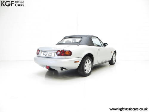 A Very Early Built UK Mazda MX-5 in Unmolested Condition SOLD (picture 5 of 6)
