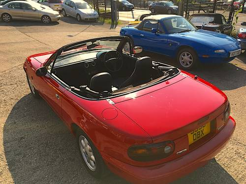 1991 Mazda MX-5 Mk1 1.6 Eunos Roadster SOLD (picture 6 of 6)