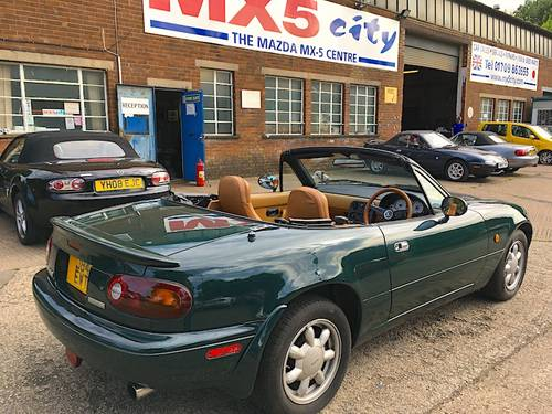 1991 Mk1 Eunos 1.6 V-Spec AUTOMATIC SOLD (picture 2 of 6)