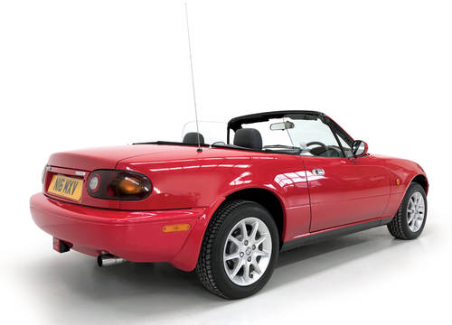 1996 Mazda MX-5 1.6 9650 miles! SOLD (picture 2 of 6)