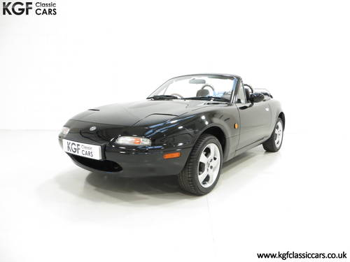 1997 A Gleaming UK Mk1 Mazda MX5 with Just 35,831 Miles from New SOLD (picture 2 of 6)