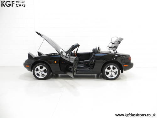 1997 A Gleaming UK Mk1 Mazda MX5 with Just 35,831 Miles from New SOLD (picture 3 of 6)