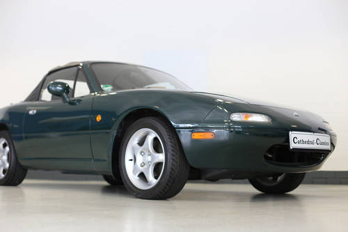 1998 Charming Mazda MX5 1.8i with full documented Mazda history. SOLD (picture 1 of 6)