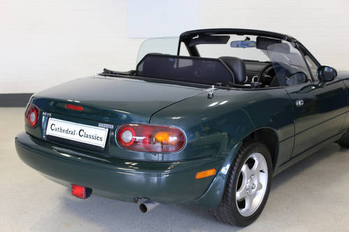 1998 Charming Mazda MX5 1.8i with full documented Mazda history. SOLD (picture 2 of 6)