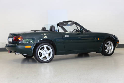1998 Charming Mazda MX5 1.8i with full documented Mazda history. SOLD (picture 3 of 6)