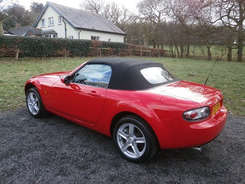 2007 MAZDA MX5 1.8 MK3 TRUE RED JUST 7,572 MILES *STUNNING* SOLD (picture 2 of 6)