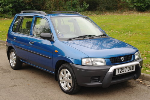 MAZDA DEMIO 1.3.. ONE OWNER.. 17,000 MILES! RARE COLOUR SOLD (picture 2 of 6)