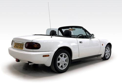 1991 Mazda MX5 1.6i 28,000 miles, amazing SOLD (picture 2 of 6)