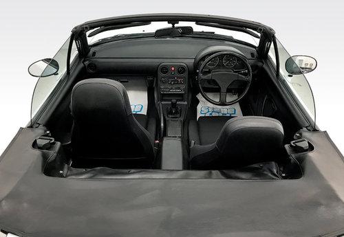 1991 Mazda MX5 1.6i 28,000 miles, amazing SOLD (picture 3 of 6)