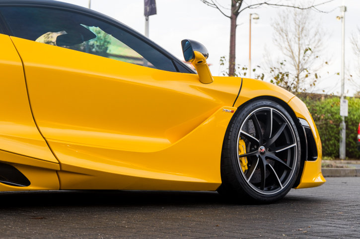 McLaren 720s 2019 SOLD (picture 3 of 6)