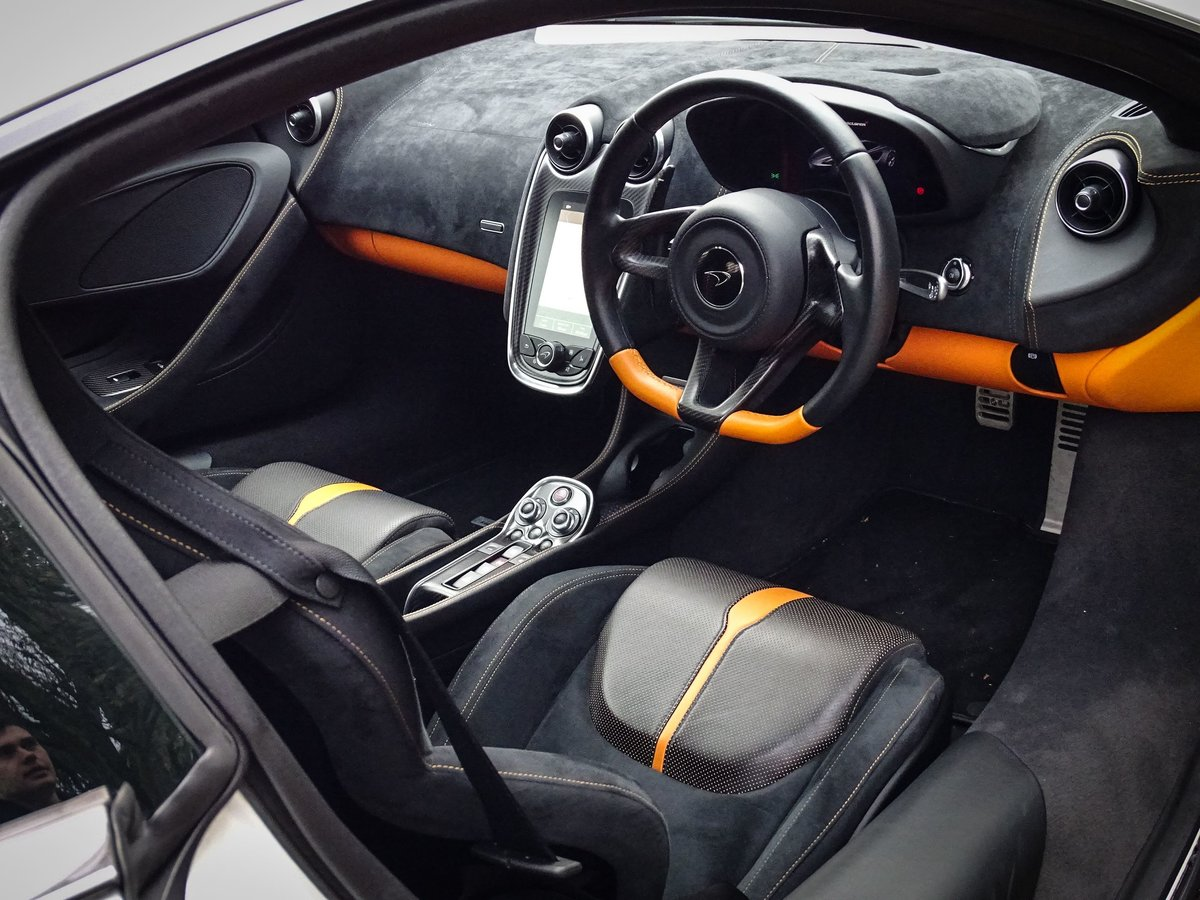 2016 McLaren  570S  V8 COUPE AUTO  99,948 For Sale (picture 21 of 24)