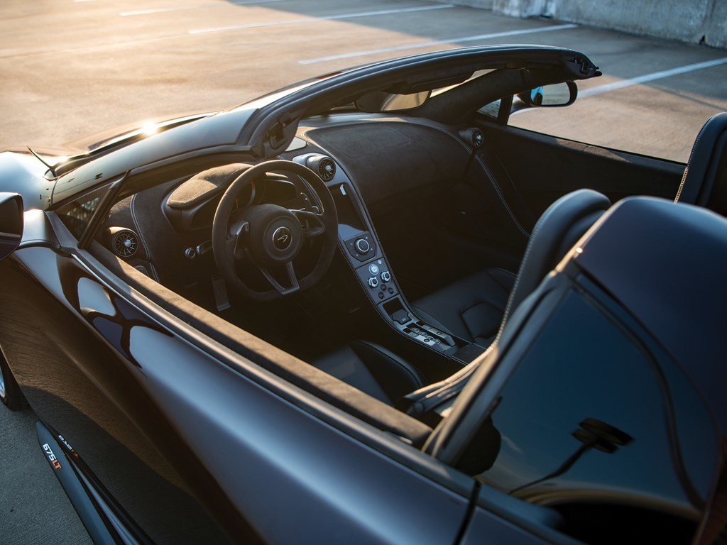 2016 McLaren 675LT Spider  For Sale by Auction (picture 4 of 6)