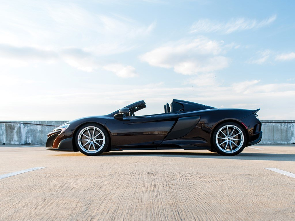 2016 McLaren 675LT Spider  For Sale by Auction (picture 5 of 6)