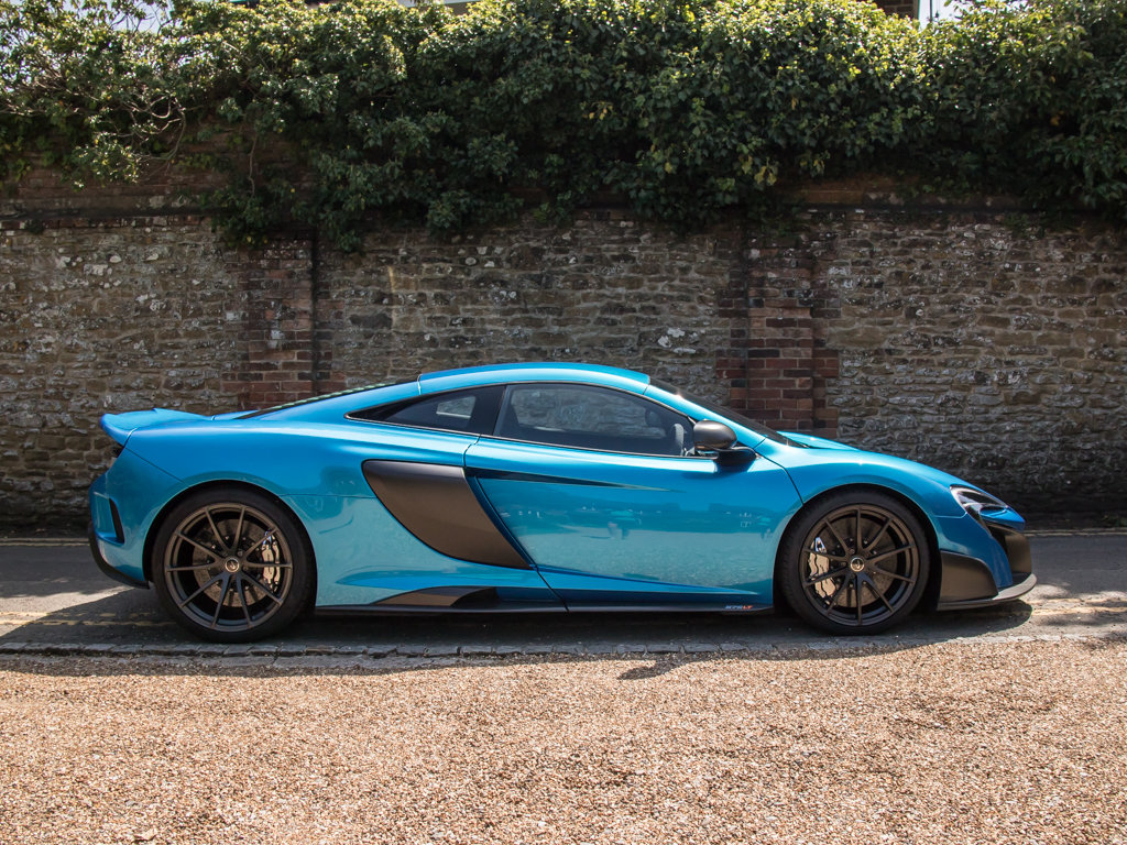 2015 McLaren    675 LT For Sale (picture 1 of 18)
