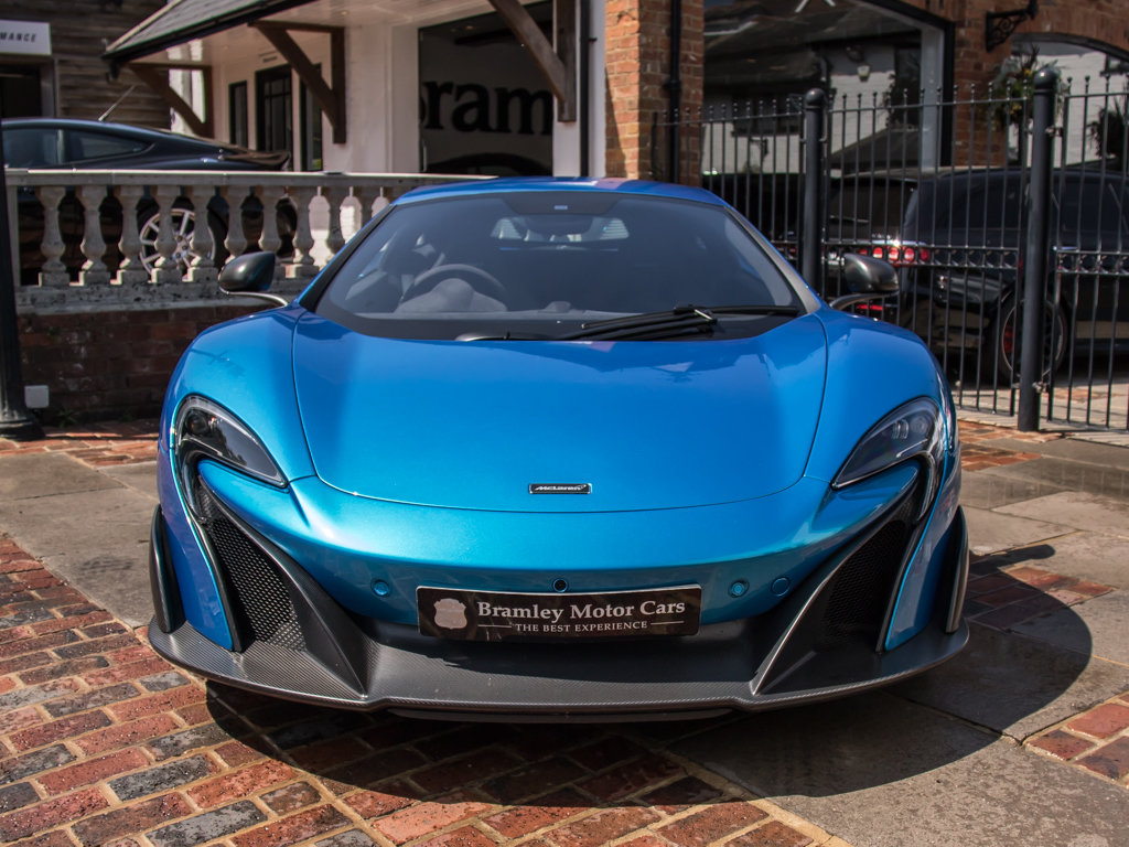 2015 McLaren    675 LT For Sale (picture 3 of 18)