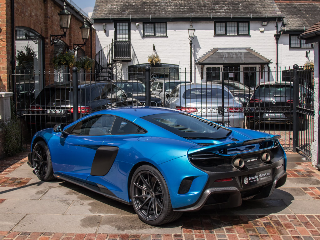 2015 McLaren    675 LT For Sale (picture 5 of 18)