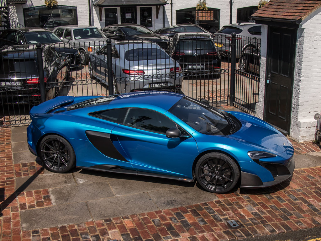2015 McLaren    675 LT For Sale (picture 8 of 18)